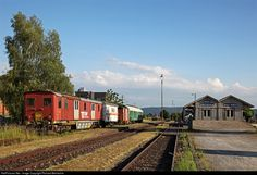 Untitled Unknown at Ramsen, Switzerland by Richard Behrbohm Swiss Railways, Switzerland, Trains, Photograph, Core Exercises, Digital Photography, Fotografia, Photography, Photographs