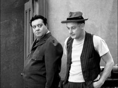 Ralph Kramden and Ed Norton (Jackie Gleason and Art Carney) The Honeymooners Comedy Duos, Comedy Tv, Art Carney, Jackie Gleason, Abbott And Costello, Celebrities Then And Now, Old Movie Stars, Old Shows, Vintage Tv