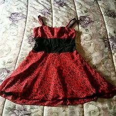Tripp NYC Red & Black Leopard Print Min Dress Above the knee dress. Size small. Worn a few times,in great condition. Can be worn with the straps or strapless. Tripp NYC Dresses Mini
