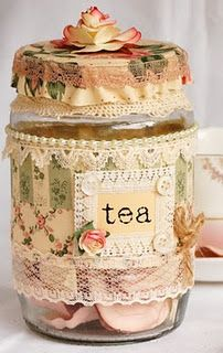 Create your own vintage tea jar Idea for my tea swap group Mason Jar Crafts, Bottle Crafts, Mason Jars, Bottles And Jars, Glass Jars, Decoration Shabby, Tea Jar, Pot A Crayon, Shabby Chic Crafts