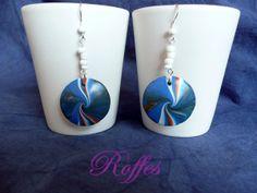 Pendientes espiral azul. Arcilla polimérica Polymer clay en https://www.facebook.com/Roffesartesania