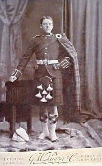 Argyll & Sutherland Highlanders, private, Lucknow, India 1890, cabinet card