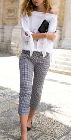 Stunning Classy Outfit Idea For Women
