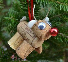 Mit Weinkorken basteln - Ein niedliches, weihnachtliches Rentier