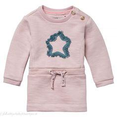 Het meisjes jurkje Clovis van Noppies is gemaakt van een extra zachte sweatstof… Jogging, Blush, Winter, Sweaters, Kids, Fashion, Walking, Winter Time, Young Children