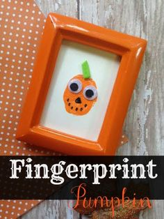 This Fingerprint Pumpkin Craft is easy to make and the supplies to make it only cost a few dollars, which is a win/win! It makes a great gift idea, too!