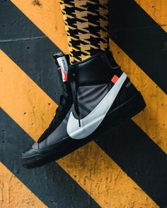 Off White Blazer, Off White Shoes, All Black Sneakers, High Top Sneakers, Shoes Sneakers, Hypebeast Outfit, Shoes Ads, All About Shoes, Sneaker Boots