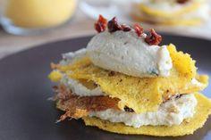 mille foglie di polenta | Ricetta Millefoglie di polenta croccante e crema di ceci - Cucchiaio ...