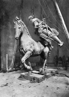MEGADELUXE - livelymorgue: March 8, 1919: The statue of...