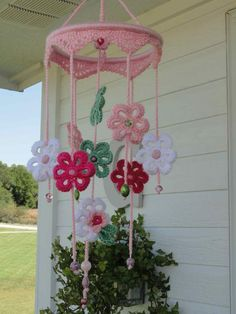 crochet:: girlie mobile - Hello there friend. Please don't stand too close to this post. You may just catch the plague. Crochet Decoration, Crochet Home Decor, Crochet Crafts, Crochet Toys, Crochet Projects, Knit Crochet, Crochet Baby Mobiles, Crochet Mobile, Love Crochet