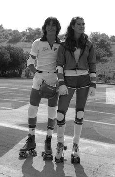 """Scott Baio et Brooke Shields sur le tournage """"Celebrity Challenge of the Sexes"""" en Californie en mars 1980"""