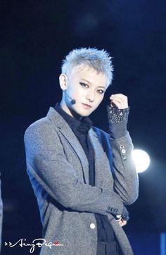 [PIC]140420 #TAO - HEC Best Of Best Concert (cr.AINY胖哒line_) ㅠㅠㅠㅠ http://ww3.sinaimg.cn/large/65e848c0gw1efnl6qvfnuj21h029c4md.jpg… http://ww2.sinaimg.cn/large/65e848c0gw1efnl6o6mn1j21h023xnhr.jpg… pic.twitter.com/2QOS41mFZL