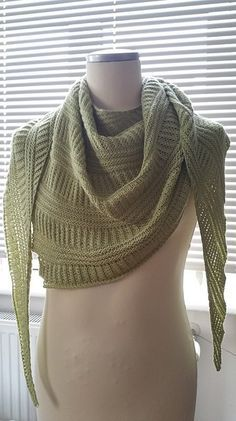 Free knitting pattern for Criss Cross Shawl. Dirk Gerngross's design features a rib structure knitted in right-left ribs and semi-brioche.