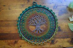 Tree of Life Mandala Crochet Tree, Crochet Doilies, Free Crochet, Crochet House, Free Knitting, Crochet Mandala Pattern, Doily Patterns, Crochet Patterns, Crochet Ideas