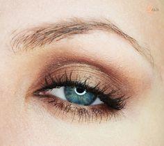 'Cocoa Bear' look by Edyta using Makeup Geek's Bada Bing, Cocoa Bear, Corrupt, and Gold Digger eyeshadows.