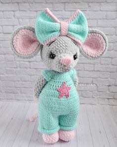 Free Cute Amigurumi Patterns- 25 Amazing Crochet Ideas For Beginners To Make Easy New 2019 - Page 23 of 25 Crochet Mouse, Crochet Teddy, Crochet Bunny, Cute Crochet, Crochet Crafts, Crochet Dolls, Crochet Projects, Crochet Butterfly, Crochet Amigurumi Free Patterns