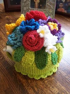 Crochet cosy cozy cozies for pots, cups and mugs.   Tea Cosy Tutorial
