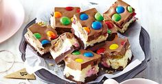 Triple Decker Rocky Road Spoil the big kid you love with colourful rocky road. Christmas Cooking, Christmas Desserts, Christmas Goodies, Christmas Treats, Christmas Recipes, Christmas Things, Family Christmas, Christmas 2019, Easy Desserts