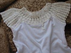 Aplicação de crochê em camiseta