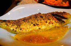 Un vrai plaisir pour les yeux et les papilles que de déguster ce plat de dorades aux épices indiennes au four qui a plein de saveurs, j'ai assisonné ma