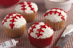 Let's-Play-Ball Cupcakes