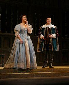 Olga Peretyatko (Elvira) y Michele Pertusi (Giorgio) en I Puritani, en The Metropolitan Opera (Fotos Ken Howard/Met Opera)