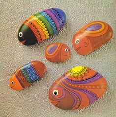 Painting Pebbles , Pattern Idea for Painting on Stones and Rocks, Animal Stones, Animal Shapes , animals, rocks, stones, realistic , Stein Bemalen, Stone Crafts, rock crafts, DIY, kawaii, cute ,critters,creatures