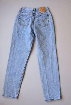 Vtg 512 Levi s High Waisted Tapered Slim Fit Mom Jeans Light Wash Blue Denim  25
