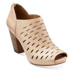 Stacked heel #3: Okena Posh Beige Leather via Clarks ($210). SOURCE: http://www.clarksusa.com/us/womens/womens-medium-width/Okena-Posh-Beige-Leather/p/261084924085?utm_source=google&utm_medium=cse&utm_term=261084924085&kpid=261084924085&scid=scplp2477904&kpid=261084924085&gclid=Cj0KEQjw8-GtBRCMl7m54PzgjNQBEiQAIZckv70_5iFdmKkt9iDKT-h1RmvGWHs_Br2djhZ0KLdG1oQaAhJy8P8HAQ