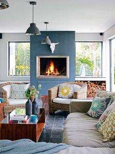 'n Gesellige gesinswoning in die voorstede Outdoor Garden Furniture, Patio Furniture Sets, Outdoor Rooms, Outdoor Living, Outdoor Decor, Outdoor Patios, Outdoor Areas, Outdoor Bbq Kitchen, Outdoor Kitchen Cabinets