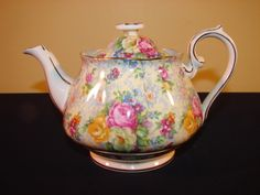 Royal Albert Crown England Rosetime Rose Time Floral Chintz 2 Cup Teapot