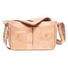 Computertasche «Montado» aus Kork – Nachhaltige Laptoptasche kaufen Computer, Outfit, Vegan Handbags, Notebook Bag, Pocket Wallet, Shoulder, Leather, Outfits, Kleding