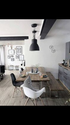 48 Fabulous Scandinavian Dining Room Design Ideas That Looks Cool. Now it is easy to dine in style with traditional Swedish dining chairs. Entertain friends as well as show off your wonderful Swedish . Dining Room Design, Dining Area, Dining Rooms, Small Dining, Dining Tables, Kitchen Dining, Kitchen Decor, Home And Living, Room Inspiration