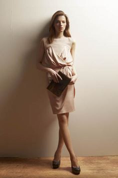 The Paul Smith women's dress collection features silk shirt-dresses, jersey styles and midi designs in a range of colours and seasonal prints. Catwalk Collection, Dress Collection, Sheer Dress, Dress Up, Silk Shirt Dress, Paul Smith, Ladies Dress Design, Designer Dresses, Wrap Dress
