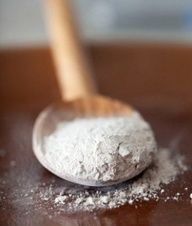 Diatomaceous Earth provides a permanent barrier against many pests, both indoors and out, naturally. Forget harsh synthetic chemicals! Get rid of: Ants, fire ants, caterpillars, cut worms, army worms, fleas, ticks, cockroaches, snails, spiders, termites, scorpions, silver fish, lice, mites, flies, centipedes, earwigs, slugs, aphids, Japanese beetles (grub stage), fruit flies, corn earworm, cucumbe