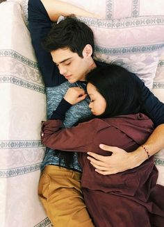 noah centineo, couple, and lara jean image Lara Jean, Relationship Goals Pictures, Cute Relationships, Relationship Rules, Boyfriend Goals, Future Boyfriend, Boyfriend Pictures, Jenny Han, Hits Movie