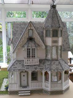 Garfield - Victoria Villa - June 09 - The Greenleaf Miniature Community