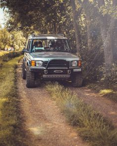 Land Rover Discovery 2, Fields, Weapons, Cars, Instagram, Weapons Guns, Guns, Autos, Weapon