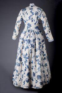 Sitsen Hindeloper wentke (vrouwenjas) voor de lichte rouw. India 1750 - 1800 - foto Fotostudio Noorderblik.