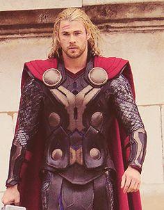 Chris Hemsworth @ Thor 2 Set on November, 15