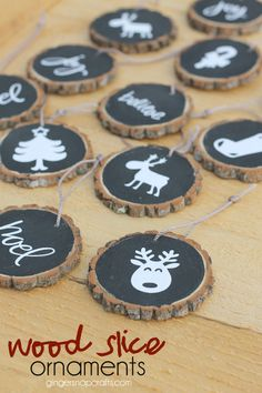 wood slice ornaments at GingerSnapCrafts.com #christmas #ornaments