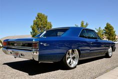 1967 Chevelle SS..a true classic, back when Chevy's didn't look like Fords, and Fords didn't look like BMW's,and BMW's.. well, you get it.