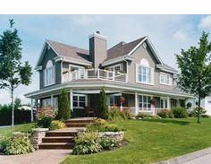 2 story, 2528 square foot, ready-to-build house plan from BuilderHousePlans.com