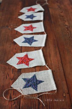 the shape of the pennants july - Americana Star Burlap Banner (from LittleMaisie at etsy) Fourth Of July Decor, 4th Of July Decorations, 4th Of July Party, July 4th, Patriotic Crafts, July Crafts, Summer Crafts, Holiday Crafts, Patriotic Quilts