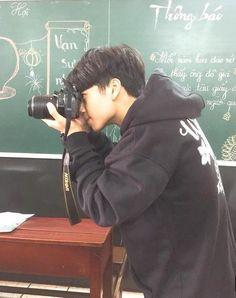 Korean Boys Ulzzang, Ulzzang Couple, Ulzzang Boy, Beautiful Boys, Pretty Boys, Emo Guys, Boy Photography Poses, Cute Teenage Boys, Aesthetic Boy