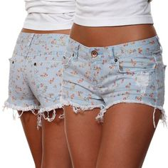 I'm making floral shorts for myself... I might even have time to finish them eventually.