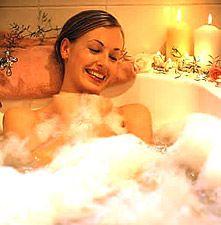 Marie Kerlagon Online Store Pick Of The Week: http://realentertainmentnews.com/deep-steep-honeydew-spearmint-organic-honey-bubble-bath/
