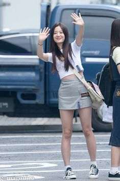 Kpop Fashion, Cute Fashion, Korean Fashion, Boho Fashion, Airport Fashion, Airport Style, Kpop Girls, Girl Crushes, Spring Outfits