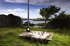 Donnetti Ruffler Sheepskin Rug.  A touch of class at the old inn by Dunvegan castle - SkyeSkyns