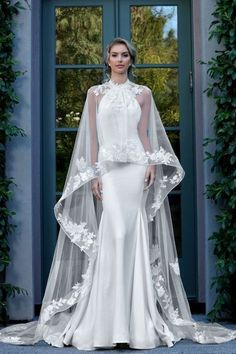 Gorgeous Halter Trumpet Wedding Dress / Bridal Gown with Long Chiffon Train by Ashley & Justin dresses halter trumpet Ashley & Justin 10727 Western Wedding Dresses, Dream Wedding Dresses, Designer Wedding Dresses, Wedding Attire, Bridal Dresses, Bridesmaid Dresses, Beautiful Wedding Gowns, Beautiful Dresses, Gorgeous Dress